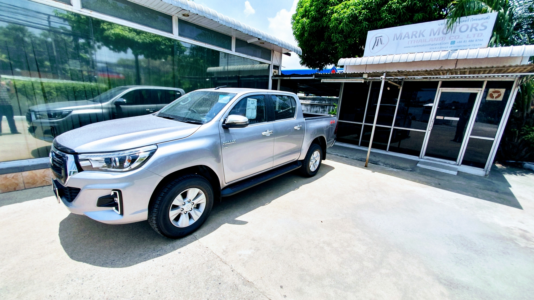 Mark Motors thailand- 2019 Toyota Revo 4x4 Double Cab